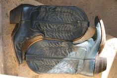 4f747d13f480 SALE -%40 NOCONA tall blue navy stitched leather heeled boots 7.5 us men    8.5 us women