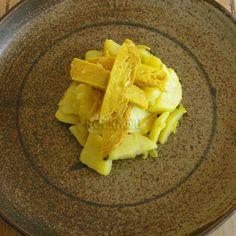 Rock'n'Giu: Seitan e patate stufate alla curcuma