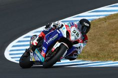 Laverty and Sofuoglu on top in first day of official testing - http://superbike-news.co.uk/Motorcycle-News/laverty-sofuoglu-top-first-day-official-testing/