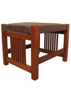 EARLY Antique GUSTAV STICKLEY Footstool Arts And Crafts Furniture, Furniture Making, Woodworking Furniture, Wood Furniture, Craftsman Bungalows, Craftsman Homes, Craftsman Style Furniture, Morris Chair, American Craftsman