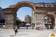De Romeinse triomfboog van Galerius in Thessaloniki- Gezin op Reis