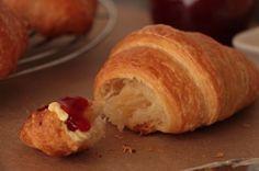 Croissants aus Plunderteig