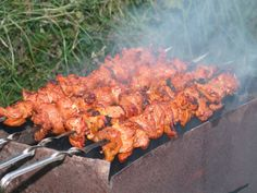 Campfire Food Recipes There are added recipes that accommodate bivouac affable in a Dutch oven affable & application altered capacity su. Campfire Cooking Recipes, Campfire Desserts, Campfire Food, Campfire Chicken, Best Camping Meals, Camping Ideas, Camping Recipes, Camping Foods, Family Camping