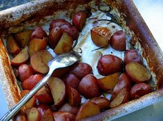 Balsamic Baked Red Potatoes Recipe, the perfect side dish from NoblePig.com.