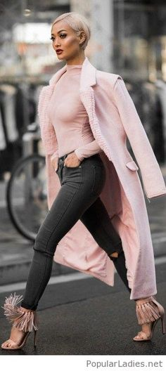 light-pink-sandals-top-and-coat-with-simple-jeans