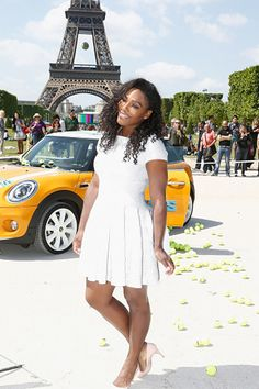 PARIS, FRANCE - MAY 22: American professional tennis player Serena Williams attends a photocall to promote the movie 'Pixels' on May 22, 2015 in Paris, France. (Photo by Julien Hekimian/WireImage) - TownandCountryMag.com