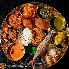 Via @mytastetestmumbai -  The Maharashtrian Thali  Hotel Sahara has started the Maharashtrian food festival at the earth plate where you can have a diverse range of Maharashtrian food from all four corners of Maharashtra like the Deccan konkan & Malvan region's. In pic is the Maharashtrian Thali consisting of some of the famous dishes from the state like Tamboli Sukha bhaji fish fry usal modak aloo wadi etc. A must try festival @hotel_saharastar  Tag us on #mytastetestmumbai to get featured…