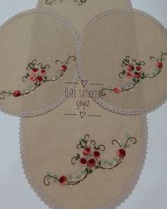 Fotoğraf açıklaması yok. Brazilian Embroidery Stitches, Embroidery Art, Machine Embroidery, Dress Design Sketches, Sewing Stitches, Bargello, Needle And Thread, Crochet Flowers, Needlepoint