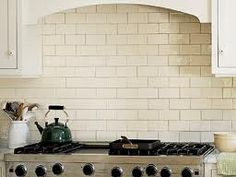 White Or Cream Subway Tile With Contrasting Grout