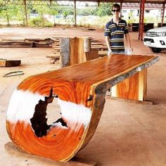 Woodworking Images, Woodworking Furniture, Teds Woodworking, Woodworking Projects, Rustic Log Furniture, Live Edge Furniture, Wood Furniture, Wood Resin Table, Wooden Tables