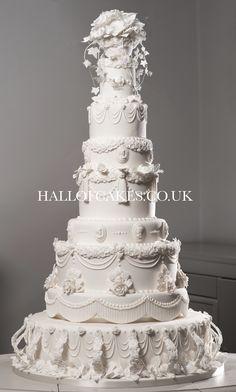 White Wedding Cakes First look! Miss Havisham's giant Victorian wedding cake 8 Tier Wedding Cakes, Victorian Wedding Cakes, Extravagant Wedding Cakes, Different Wedding Cakes, Luxury Wedding Cake, Floral Wedding Cakes, Amazing Wedding Cakes, Fall Wedding Cakes, White Wedding Cakes