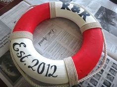 A nautical theme craft. Step by step guide to creating a Nautical Theme Craft - a lifesaver (life preserver).