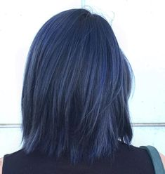 30 Rainbow Hair Ideas All Brunettes Should Try Hair Color Ideas For Brunettes Brunettes Hair Ideas rainbow Dark Blue Hair, Short Blue Hair, Smokey Blue Hair, Short Grunge Hair, Denim Blue Hair, Midnight Blue Hair, Dyed Hair Blue, Lace Hair, Dye My Hair