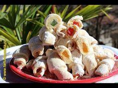 Crescents pastries (CC Eng Sub) Romanian Desserts, Romanian Food, Romanian Recipes, Apple Roses, Potato Salad, Unt, Sweet Tooth, Bread, Foods