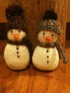 Ravelry: Project Gallery for Spunknit's Knitted Snowman pattern by Lane Drogato