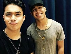 Joel y Richard❤❤❤ Cnco Richard, I Love Him, My Love, Just Pretend, He's Beautiful, My Crush, Cool Bands, Crushes, Celebs