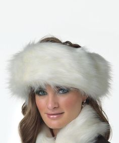 Loving this Donna Salyers  Fabulous-Furs Winter White Faux Fox Fur Halo  Headband on. Fascia HaloVolpe BiancheAccessori InvernaliAccessori Di Moda 2430d27167ac