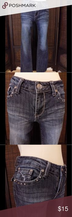 """Earl Jeans 👖Size 4 Great pair of Earl Jeans 👖. Size 4.  Rhinestone detail around front and back pockets.  In great condition other than missing some rhinestones.  Straight leg.  68% cotton, 30% polyester and 2% spandex.  Measures 28"""" waist, 35"""" hip, 8"""" rise and 30"""" inseam. Earl Jeans Jeans Straight Leg"""