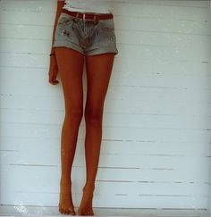 cosmologicalredshift: i'd kill for legs like this!
