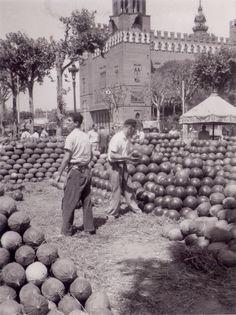 Parada de melons i sindries a les parades de fora del Born, Barcelona