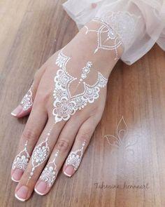 White Henna Designs Tattoo Trends - White Henna Designs Tattoo Trends Informations About White Henna Designs Tattoo Trends Pin You can e - Henna Hand Designs, Wedding Henna Designs, Eid Mehndi Designs, Beautiful Henna Designs, Simple Mehndi Designs, Henna Tattoo Designs, Henna Designs White, Henna Tattoo Hand, White Henna Tattoo