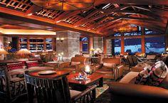 four-seasons-resort-and-residences-jackson-hole-bar