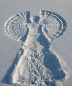 I love snow angels! They were so fun to make as a child.maybe I should play more as an adult! I Love Snow, I Love Winter, Winter Fun, Winter Snow, Winter Christmas, Celtic Christmas, Christmas Prayer, Merry Christmas, Winter White