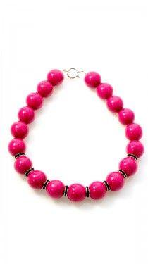 A pop of pink :}}