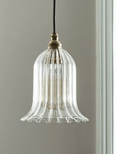Whether you're looking for a vintage flex set for your kitchen or an antique chandelier for your bedroom, Cox & Cox have a huge range of creative ceiling lights. Diy Pendant Light, Pendant Light Fixtures, Home Lighting, Lighting Design, Lampe Art Deco, Luminaire Vintage, Shade Structure, Farmhouse Lighting, House And Home Magazine
