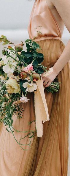 Bridesmaid bouquet colour palette
