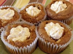 Pumpkin Muffins filled with Spiced Marshmallow Cream Recipe