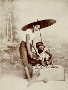 A 1890 studio portrait of daily siamese girls http://islandinfokohsamui.com/
