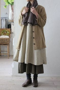 quaint style: your witchy aunt Mori Fashion, Modest Fashion, Fashion Outfits, Womens Fashion, Style Fashion, Moda Natural, Mori Mode, Granny Chic, Clothes Pictures