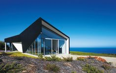 Beach House Designs - Seaside Living: 50 Remarkable Houses Book Photos | Architectural Digest