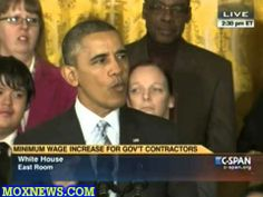 ▶ Obama Signs Executive Order Raising The Minimum Wage To $10.10 An Hour For Federal Employees - YouTube