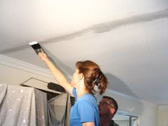 How to fix ceiling cracks