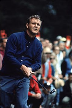 Golfing legend Arnold Palmer has died . Golf Outfit, Golf Attire, Neil Leifer, Golf Images, Golf Fashion, Fashion Jobs, Fashion Men, Fashion Brands, Fashion Ideas