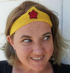 Crochet Dynamite: All Runner Girls need Wonder Woman Tiaras...