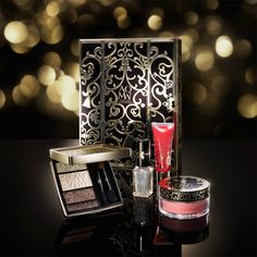 Kosé Cosme Decorte AQ MW Makeup Holiday 2016 Collection - Makeup Coffret V | Makeup Holiday 2016 Sneak Peek | Have Your Wallets Ready These Products Are The Bomb!