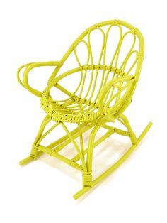 Rocking chair en rotin verte