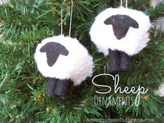 How to Make a Sheep/Lamb Ornament - Nativity Ornament Series Jesse Tree Ornaments, Nativity Ornaments, Nativity Crafts, Christmas Ornament Crafts, Christmas Art, Christmas Projects, Christmas Holidays, Christmas Ideas, Country Christmas