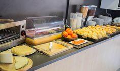 En nuestro hoteles encontrarás desayunos mediterráneos, completos; para que comiences el día con energía