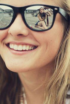 """Make the most of your summer and reflect your fun with a pair of stylish sunnies.--Bellos ojos, mas bellos si ven bien. Controlate cada año. Lee en nuestro blogspot """"Descansar frente a la PC """" y otros---"""