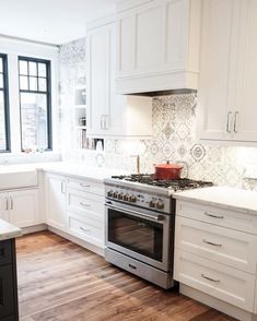 8 Graceful Tips AND Tricks: Peel And Stick Backsplash Cabinets cheap backsplash lowes.Farmhouse Backsplash Gray how to install beadboard backsplash. Paint Backsplash, Rustic Backsplash, Herringbone Backsplash, Backsplash Ideas, Hexagon Backsplash, Backsplash Design, Granite Backsplash, Mirror Backsplash, Beadboard Backsplash