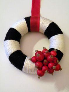 Castaliaz: Villalanka kranssi / Christmas wreath