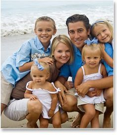 The-beach-Family-Photo-Ideas.jpg