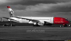 Norwegian Air Shuttle Boeing 787-8 Dreamliner