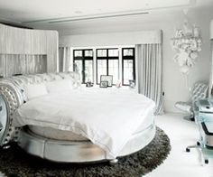 Round. White Bed. Perfection