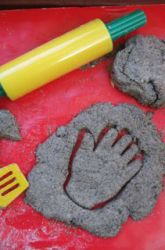Make Sand Dough