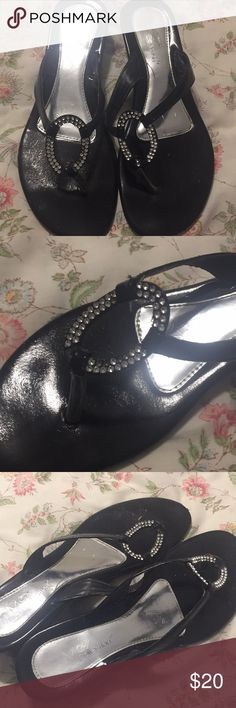 Super cute sandals 👡 used, but good condition Very cute sandals 👡 with rhinestone detail on top max collection Shoes Sandals